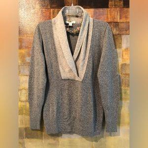 "BR ""Luxury Cashmere Blend"" Gray V-Neck Sweater"